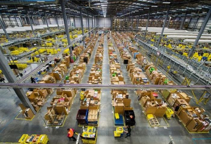 Chuyển phát nhanh hàng hóa là gì?